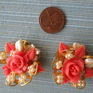 Vtg Flower & Pearl Celluloid  Clip On Earrings